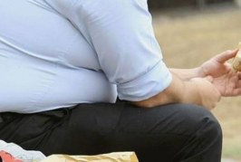 6 مشاكل جلدية تسببها السمنة.. تعرف عليها