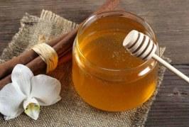 هل لمزيج العسل والقرفة تأثير على خفض الوزن؟