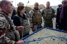 ضابط فرنسي: التحالف الدولي دأب على قتل المدنيين السوريين وتدمير مدنهم